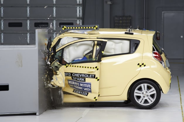 IIHS minicar small-overlap crash tests