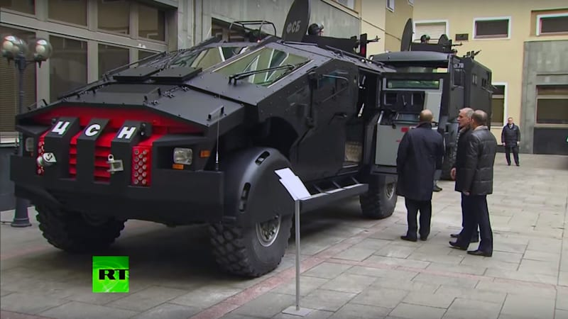 putin inspects monstrous armored zil punisher military truck diesel bombers. Black Bedroom Furniture Sets. Home Design Ideas