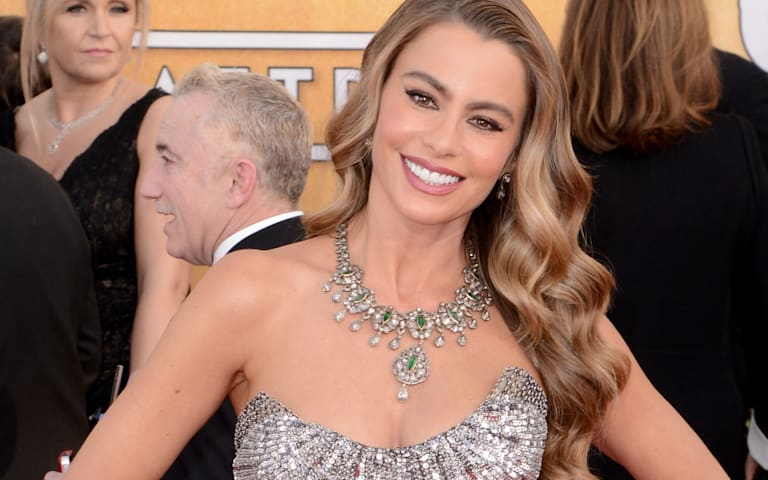 Watch: Sofia Vergara's trainer reveals her awards season workout