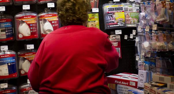 consumer confidence sentiment shopping economy buying