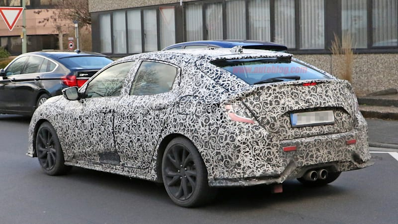 Honda Civic will show its hatchback in Geneva