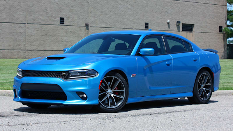 2015 dodge charger rt scat pack quick spin autoblog - 2016 Dodge Charger Hellcat Blue