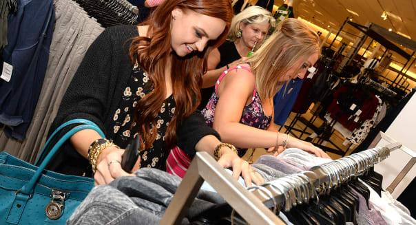 shoppers nordstrom retail earnings consumer spending shopping
