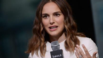 Natalie Portman: Spielt Hauptrolle, führt Regie