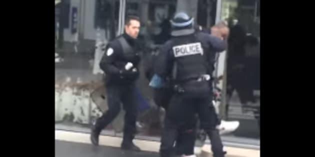 Le policier accusé d'avoir frappé un élève devant la justice — Lycée Bergson