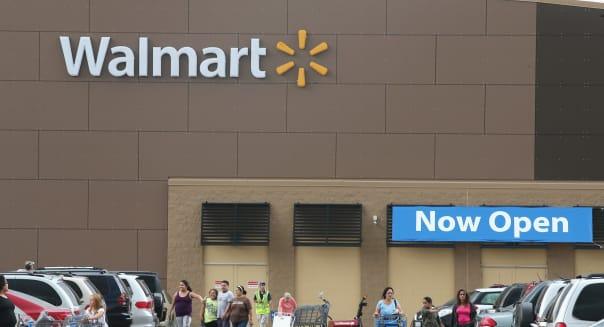 Walmart lowers 4Q, full-year profit expectations