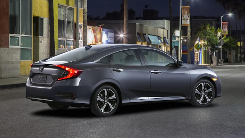 The 2016 Honda Civic desperately needs the cool kids