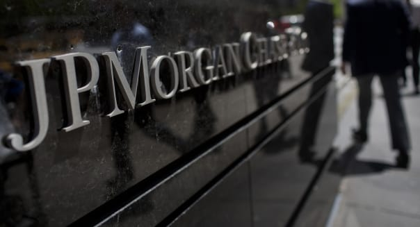 jpmorgan london whale trading losses banks finance trading securities SEC