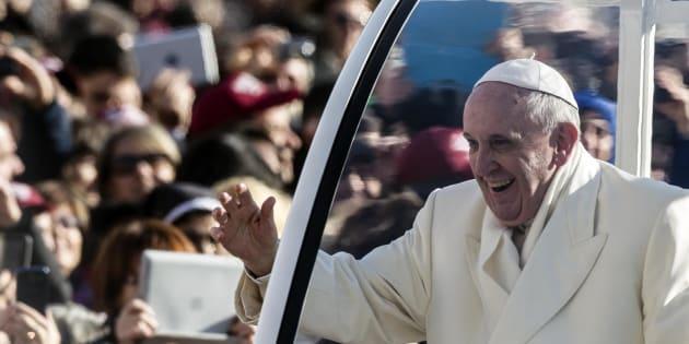 Papa Francesco in Egitto non userà auto blindate