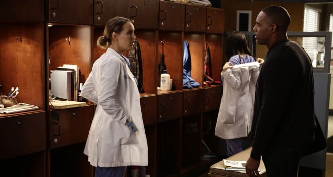 """GREY'S ANATOMY - """"Jukebox Hero"""" - Richard and the attendings set out to make Eliza's first day at Grey Sloan a bumpy one. Meanwhile, Meredith tries to track down Alex, on """"Grey's Anatomy,"""" THURSDAY, FEBRUARY 2 (8:00-9:01 p.m. EST), on the ABC Television Network. (ABC/Nicole Wilder)CAMILLA LUDDINGTON, JASON GEORGE"""