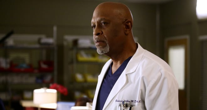 """GREY'S ANATOMY - """"Jukebox Hero"""" - Richard and the attendings set out to make Eliza's first day at Grey Sloan a bumpy one. Meanwhile, Meredith tries to track down Alex, on """"Grey's Anatomy,"""" THURSDAY, FEBRUARY 2 (8:00-9:01 p.m. EST), on the ABC Television Network. (ABC/Nicole Wilder)JAMES PICKENS, JR."""