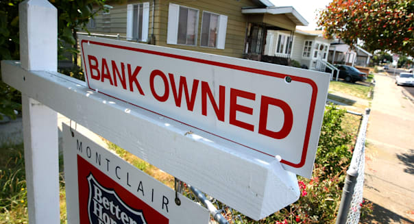 home foreclosures fall august
