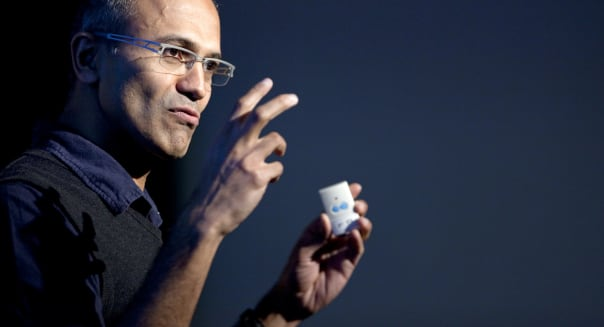 New Microsoft CEO Faces Challenges in Mobile, Investor Relations