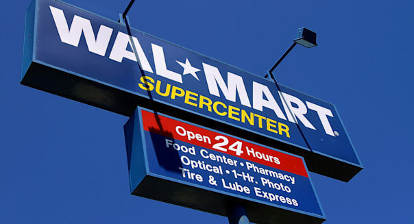 Earns Walmart