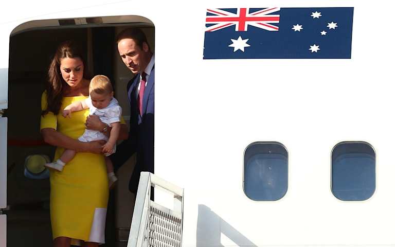 SYDNEY, AUSTRALIA - APRIL 16:  Prince William, Duke of Cambridge, Catherine, Duchess of Cambridge and Prince George of Cambridge arrive at Sydney Airport on RAAF B737 on April 16, 2014 in Sydney, Australia. The Duke and Duchess of Cambridge are on a three-week tour of Australia and New Zealand, the first official trip overseas with their son, Prince George of Cambridge.  (Photo by Ryan Pierse/Getty Images)
