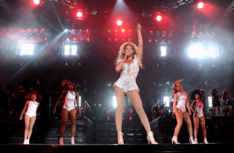 Beyonce - Mrs. Carter World Tour - Los Angeles