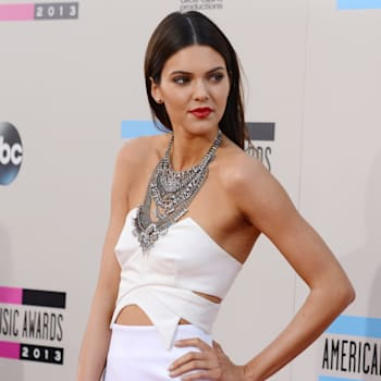 Harry Styles Kendall Jenner dating just friends AMAs red carpet
