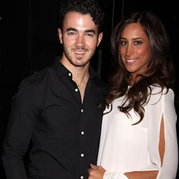 danielle jonas, jonas brothers, kevin jonas, married to jonas