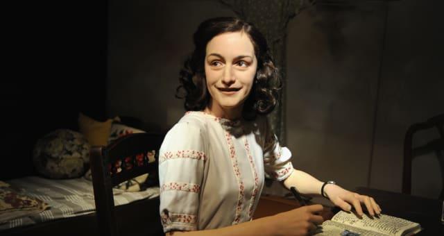 Madame Tussauds Vienna Unveils Anne Frank Wax Figure