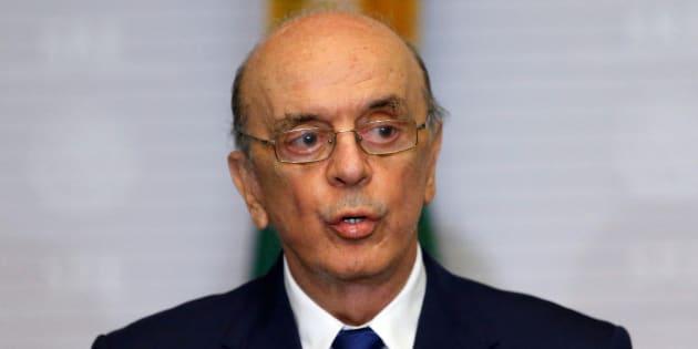 Alegando problemas de saúde, Serra pede demissão do Ministério das Relações Exteriores