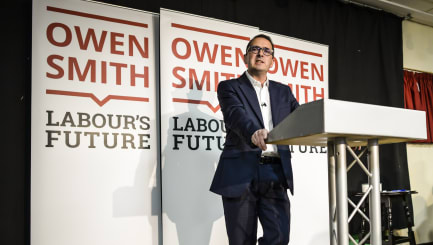 Smith makes 'lunatic' jibe when discussing Corbyn