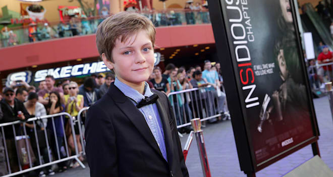 jurassic world cast ty simpkins
