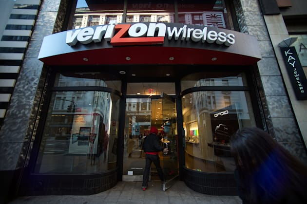 Verizon Beats Estimates as Wireless Users Increase Spending