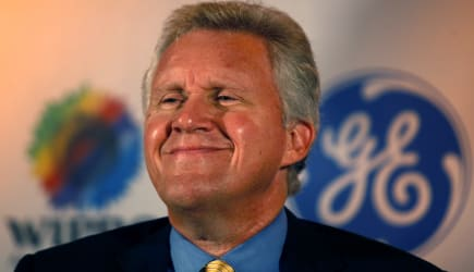 India GE Wipro (Chairman and Chief Executive Officer of General Electric (GE) Jeffrey R. Immelt looks on at a press conference i