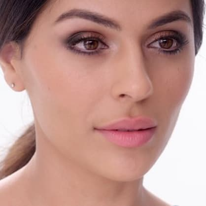 How to create the perfect metallic smoky eye