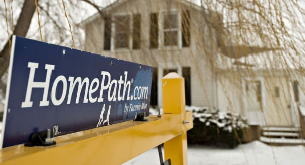 mortgage applications near flat in latest week