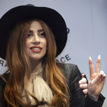 Lady GaGa poses during the Lennon Ono Grant For Peace awards ceremony in Reykjavik, Iceland on October 9, 2012. This year's recipients are Lady GaGa, Rachel Corrie, John Perkins, Christopher Hitchens and Pussy Riot.   AFP PHOTO / Thorvaldur Orn Kristmundsson        (Photo credit should read Thorvaldur Orn Kristmundsson/AFP/GettyImages)
