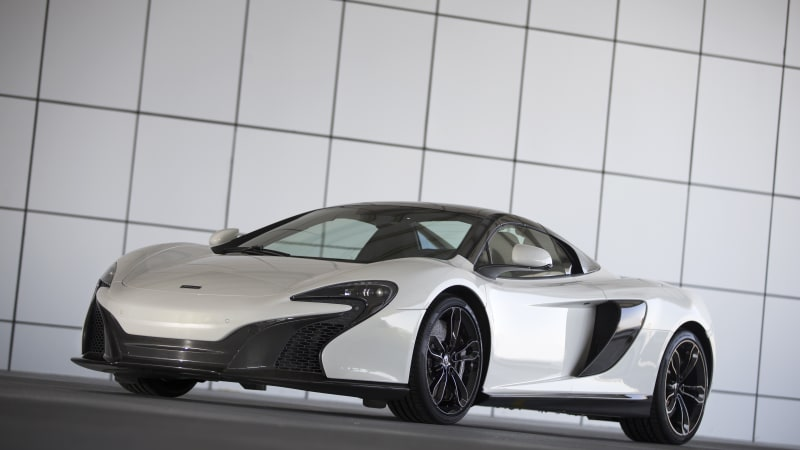 McLaren speeds into Dubai in white gold 650S Spider