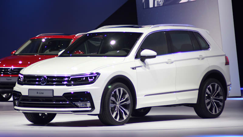 volkswagen tiguan arrives with chiseled looks gte plug in model w video autoblog. Black Bedroom Furniture Sets. Home Design Ideas
