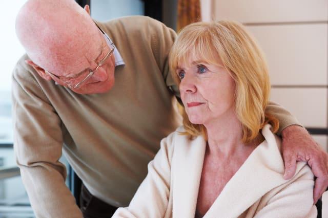 Yate Specsavers staff complete dementia awareness training