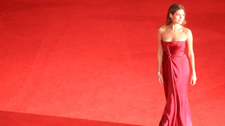 Announcing StyleList Guest Editor Eva Mendes