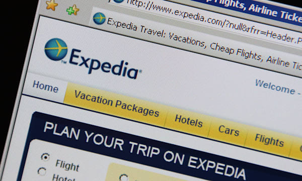 expedia expedia.com online travel website