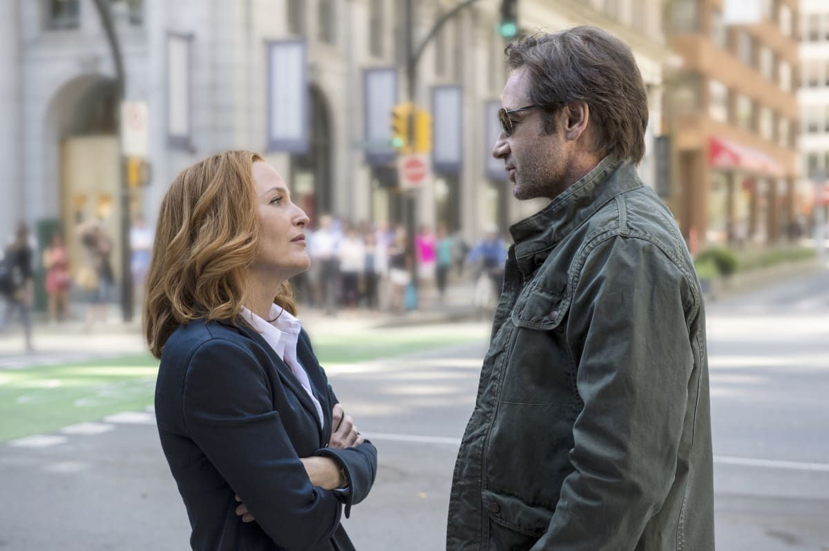The first official 'X-Files' trailer is out there