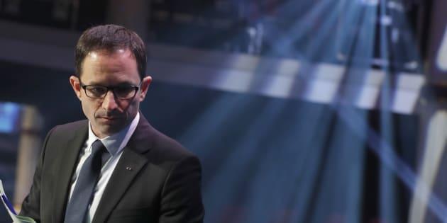Jean-Yves Le Drian préfère Macron à Hamon