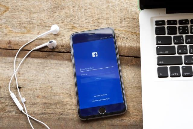 Facebook ahora reproduce automáticamente el sonido de los vídeos: te explicamos cómo evitarlo