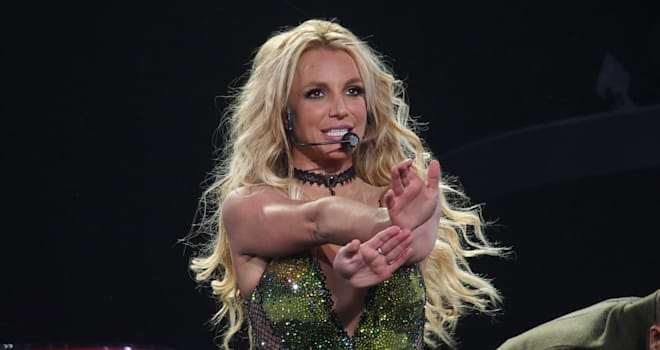 Britney Spears reveals she almost drowned in Hawaii