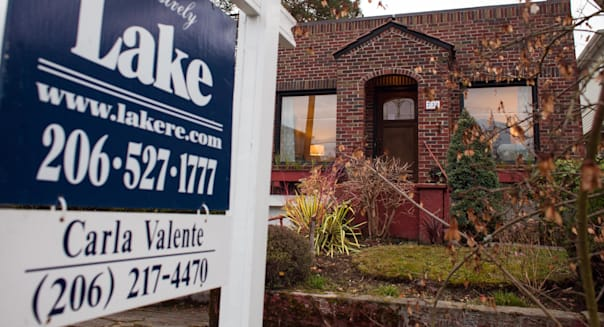 US home prices tick up 0.1 percent in November