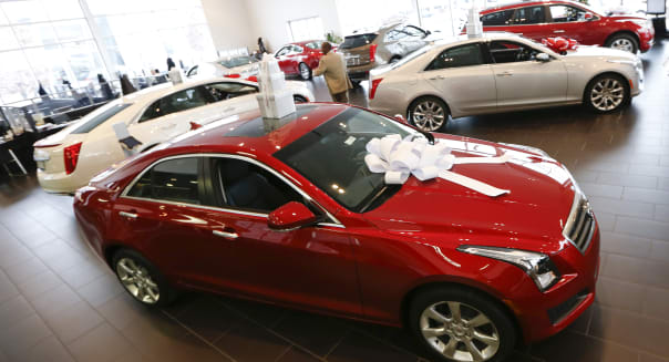 Auto Dealerships Ahead of December U.S. Vehicle Sales Data