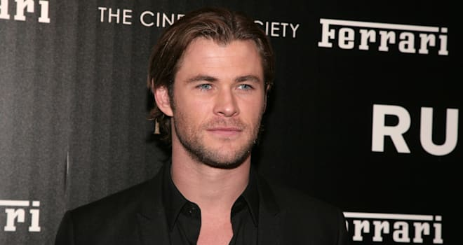 chris hemsworth nude scene