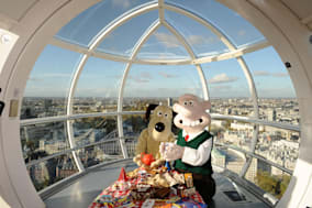 Wallace and Gromit celebrate their 20th Birthday