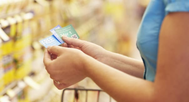 How to Get the Maximum Value Out of Coupons and Loyalty Cards