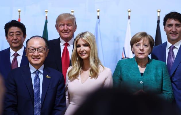 Donald Trump accueilli avec faste par Emmanuel Macron