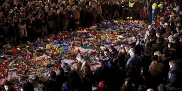 Une minute de silence en mémoire des victimes des attentats de Bruxelles