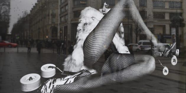 Pas de pub sexiste ou discriminatoire à Paris