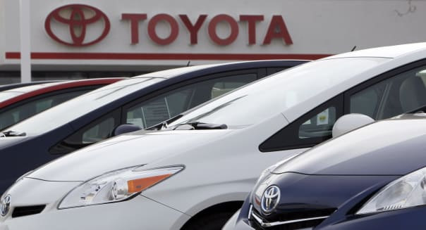 toyota global auto sales china gm honda ford carmakers manufacturers industry