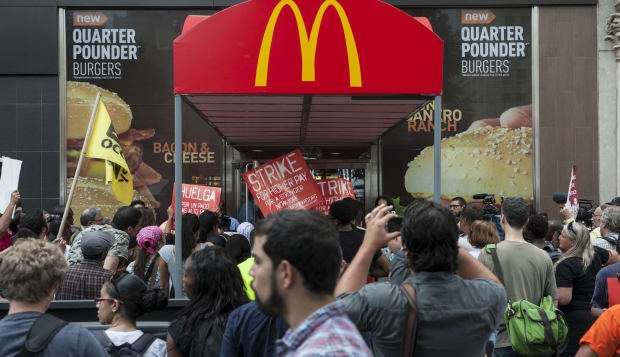 Fast food workers and organizers protest at McDonald's Union Square location in New York on Monday July 29, 2013. (Damon Dahlen,